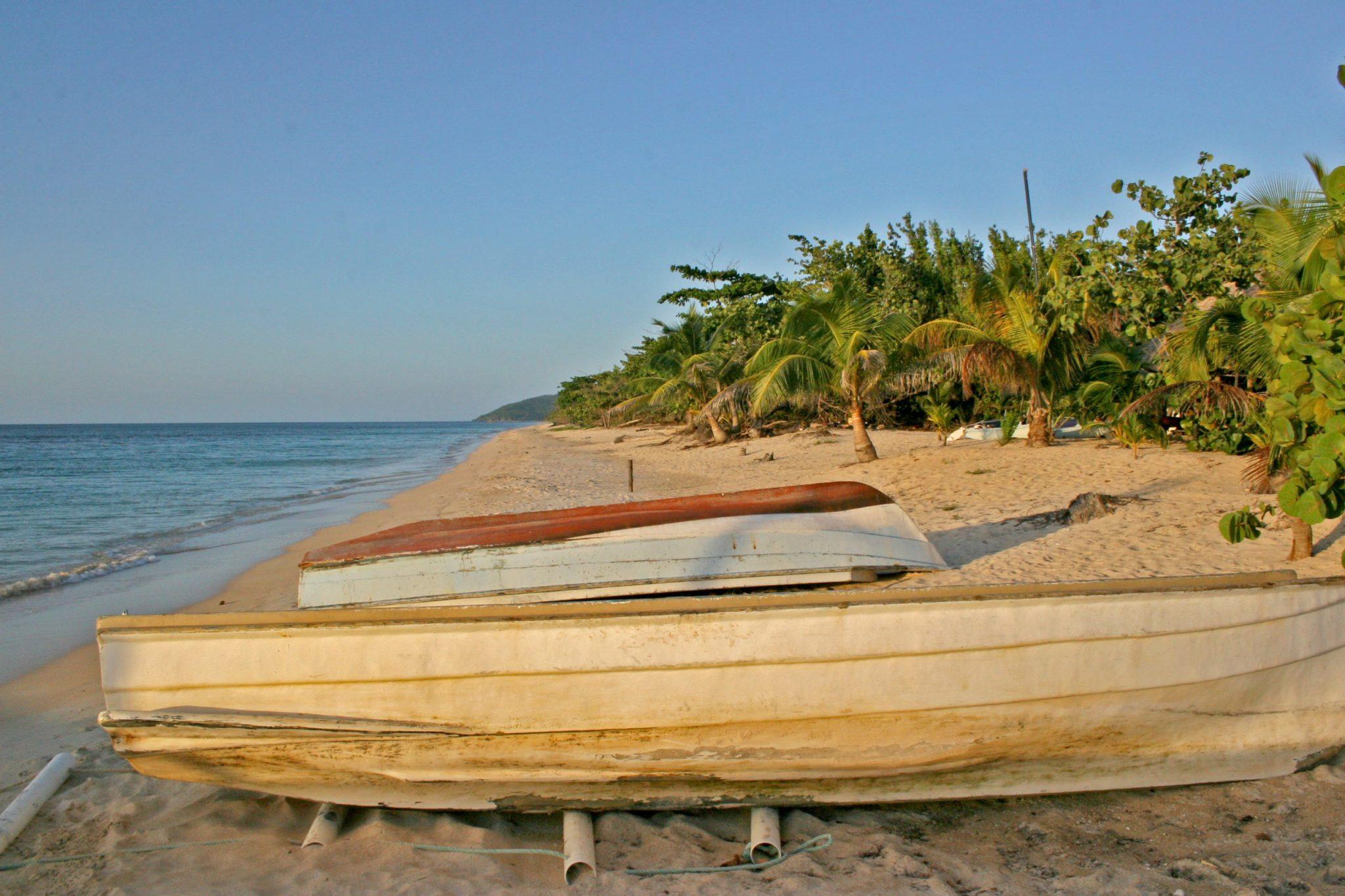 Honduras Beaches Travel
