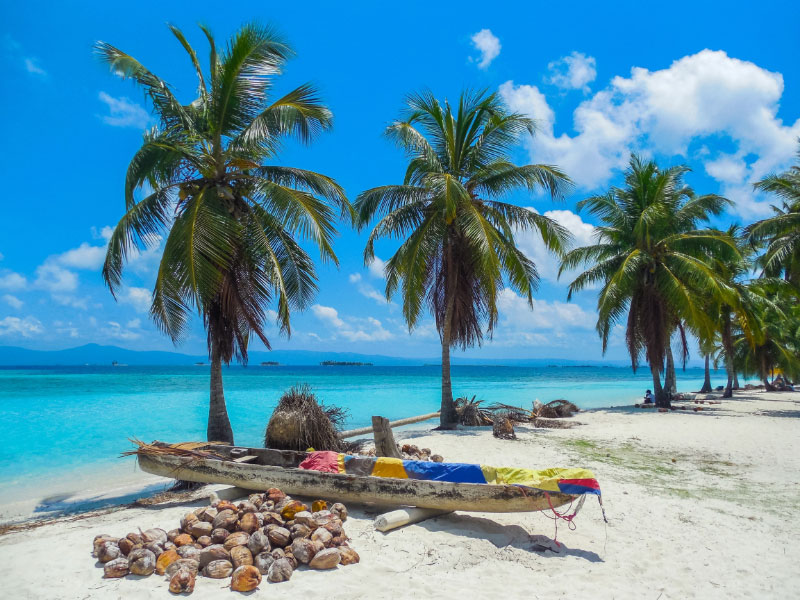 Pure relaxation on the San Blas Islands of Panama